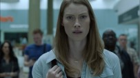 Alyssa-Sutherland_actress_ dans the mist la série
