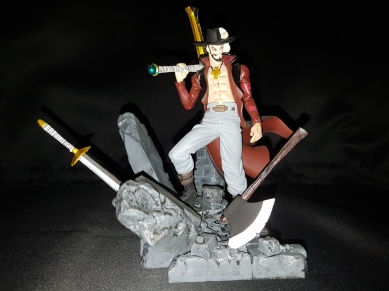 Figurine Dracule Mihawk one piece 3