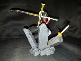 Figurine Dracule Mihawk one piece 5