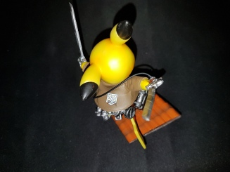 Figurine pikachu attack on titans 6