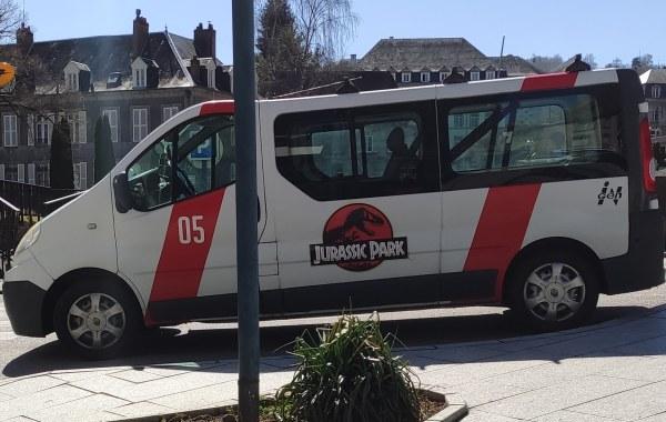 Camionette Jurassic Park !